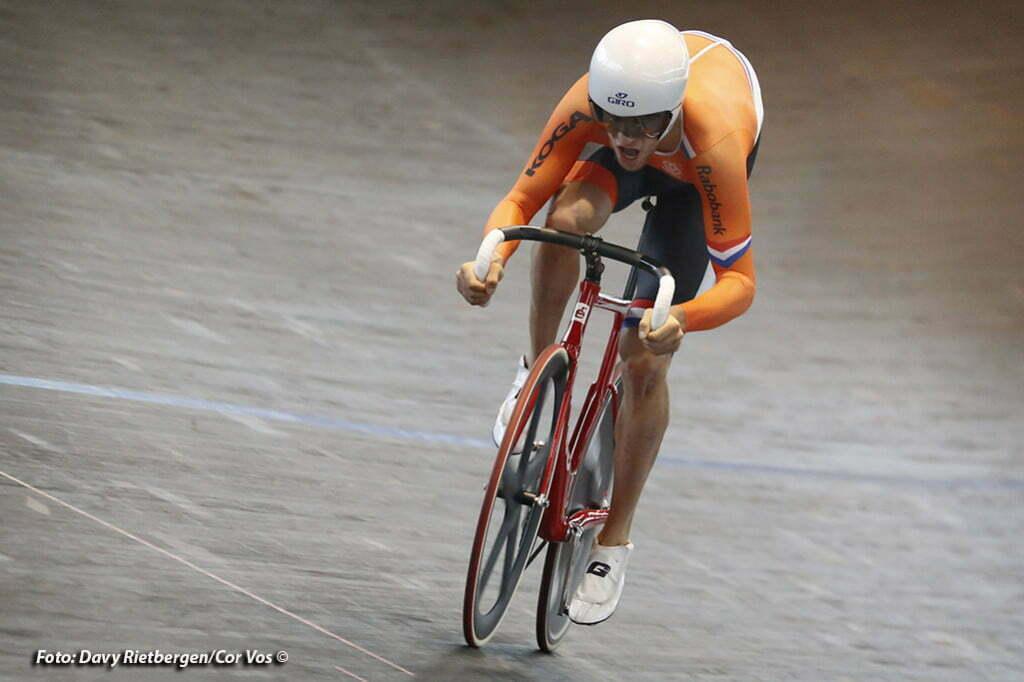 Theo Bos (Team Mtn Qhubeka) wint in Alkmaar het NK Omnium
