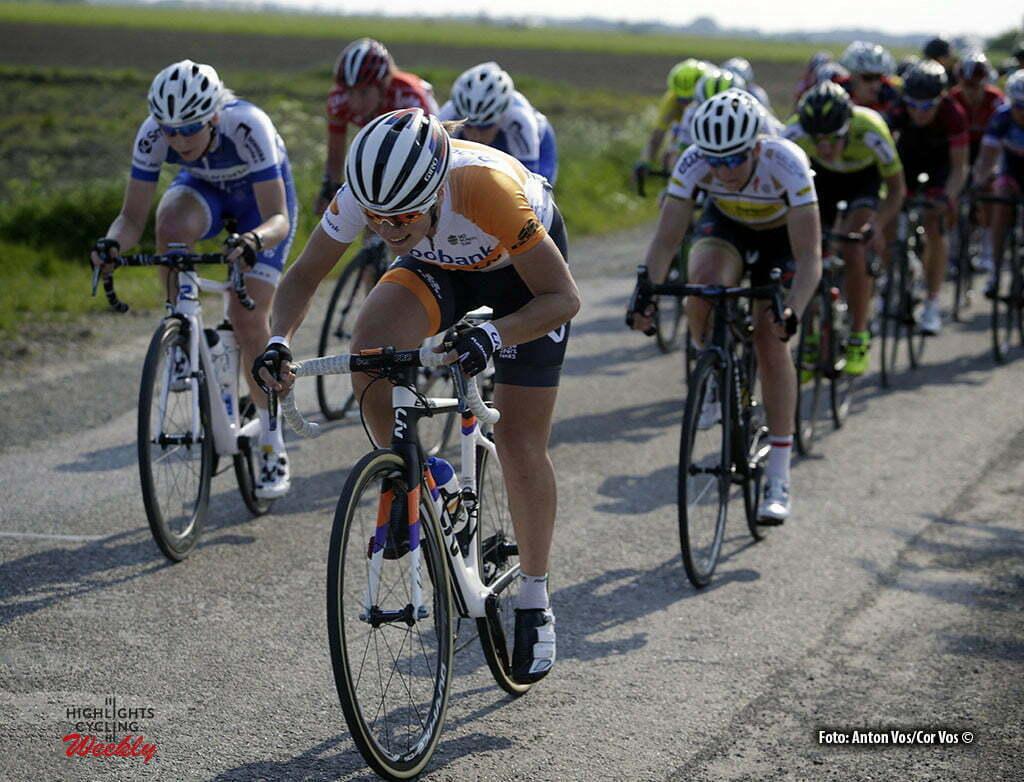 Aalburg - Netherlands - wielrennen - cycling - radsport - cyclisme - Kastelijn Yara (Netherlands / Rabobank Liv Women Cycling Team) pictured during the Rabobank 7-Dorpenomloop 2016 in Wijk en Aalburg - photo Anton Vos/Cor Vos © 2016