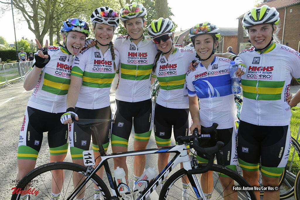 Aalburg - Netherlands - wielrennen - cycling - radsport - cyclisme - Australia pictured during the Rabobank 7-Dorpenomloop 2016 in Wijk en Aalburg - photo Anton Vos/Cor Vos © 2016