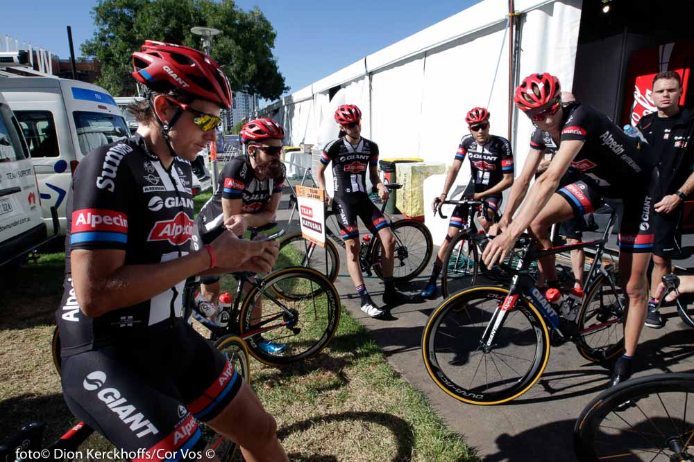 Adelaide - Australia - wielrennen - cycling - radsport - cyclisme - Koen De Kort (Netherlands / Team Giant - Alpecin) - Simon Geschke (Germany / Team Giant - Alpecin) - Carter Jones (USA / Team Giant - Alpecin) - Preidler Georg (Austria / Team Giant - Alpecin) - Ludvigsson Tobias (Schweden / Team Giant - Alpecin) pictured during the day's before the start of the Santos Tour Down Under 2016 - photo Dion Kerckhoffs/Cor Vos © 2016