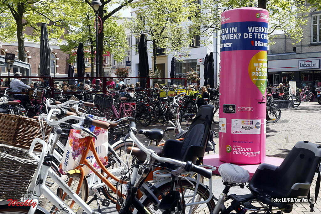 Apeldoorn - Netherlands - wielrennen - cycling - radsport - cyclisme - illustration - sfeer - illustratie pictured during the days before the start of the Giro D'Italia 2016 in Apeldoorn - photo LB/RB/Cor Vos © 2016