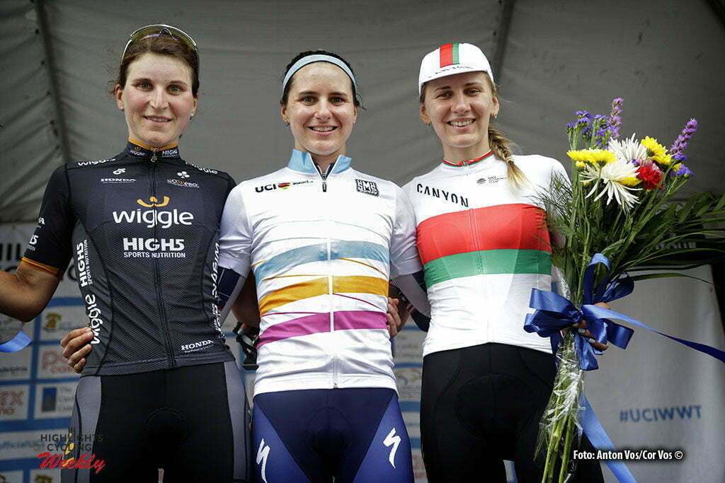Philadelphia - USA - wielrennen - cycling - radsport - cyclisme - Guarnier Megan (USA / Boels Dolmans Cycling Team) Longo Borghini Elisa (Italy / Wiggle High5) - Amialiusik Alena (Belarus / Canyon Sram Racing) pictured during the UCI Women's World Tour cycling race in Philadelphia - photo Anton Vos/Cor Vos © 2016