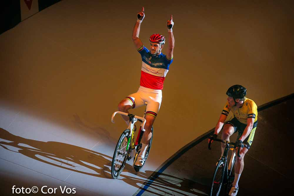 Rotterdam - wielrennen - cycling - radsport - cyclisme - Morgan Kneisky - Wim Stroetinga pictured during day 3 of the Zesdaagse Rotterdam 2016 - foto Carla Vos/Cor Vos © 2016