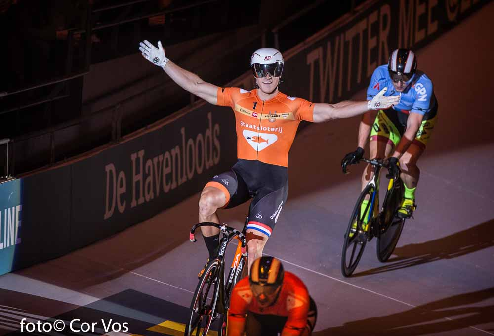 Rotterdam - wielrennen - cycling - radsport - cyclisme - Jeffrey Hoogland pictured during day 3 of the Zesdaagse Rotterdam 2016 - foto Carla Vos/Cor Vos © 2016