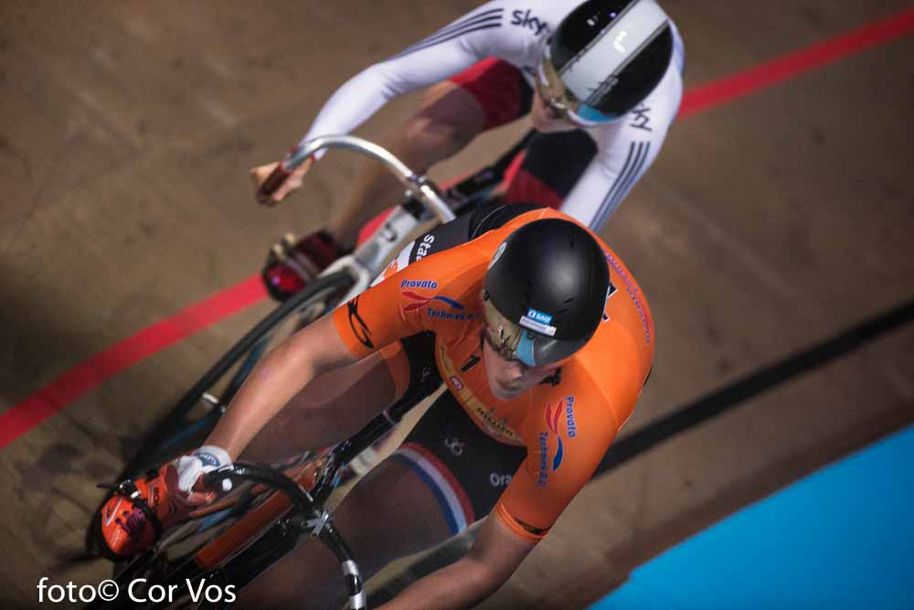 Rotterdam - wielrennen - cycling - radsport - cyclisme - Elis Ligtlee - Victoria Williamson pictured during day 3 of the Zesdaagse Rotterdam 2016 - foto Carla Vos/Cor Vos © 2016