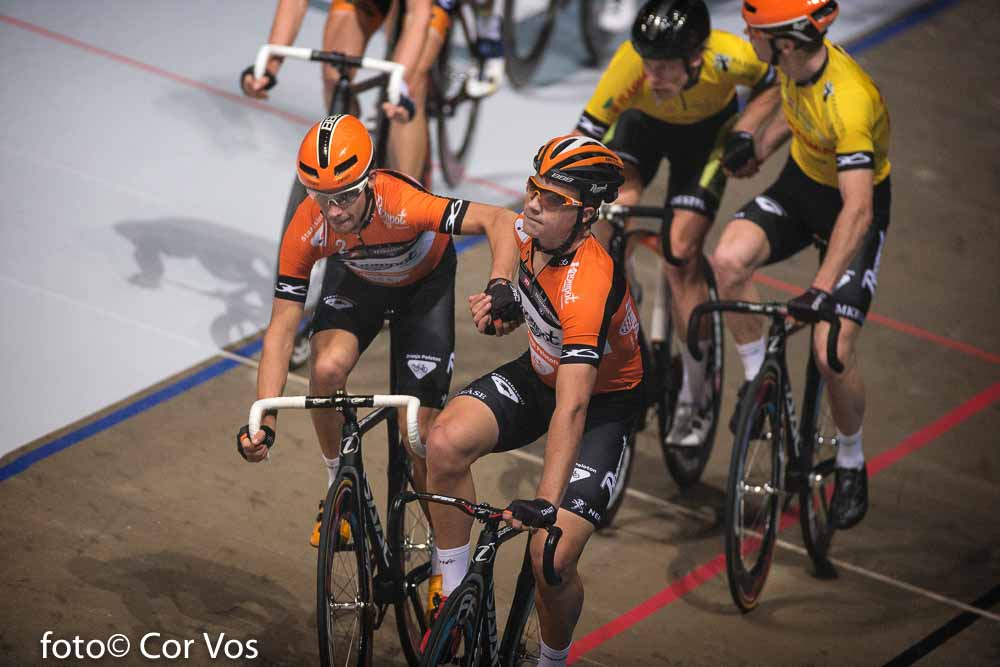 Rotterdam - wielrennen - cycling - radsport - cyclisme - Michel Kreder (Netherlands / Team Roompot - Oranje) - Looij Andre (Netherlands / Roompot - Oranje Peloton) - Wim Stroetinga - Raymond Kreder (Netherlands / Team Roompot - Oranje) pictured during day 3 of the Zesdaagse Rotterdam 2016 - foto Carla Vos/Cor Vos © 2016