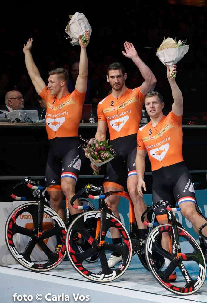 Rotterdam - wielrennen - cycling - radsport - cyclisme - sprinters Jeffrey Hoogland - Hugo Haak en Nils v't Hoenderdaal pictured during the Zesdaagse Rotterdam 2016 day 6 - foto Carla Vos/Cor Vos © 2016