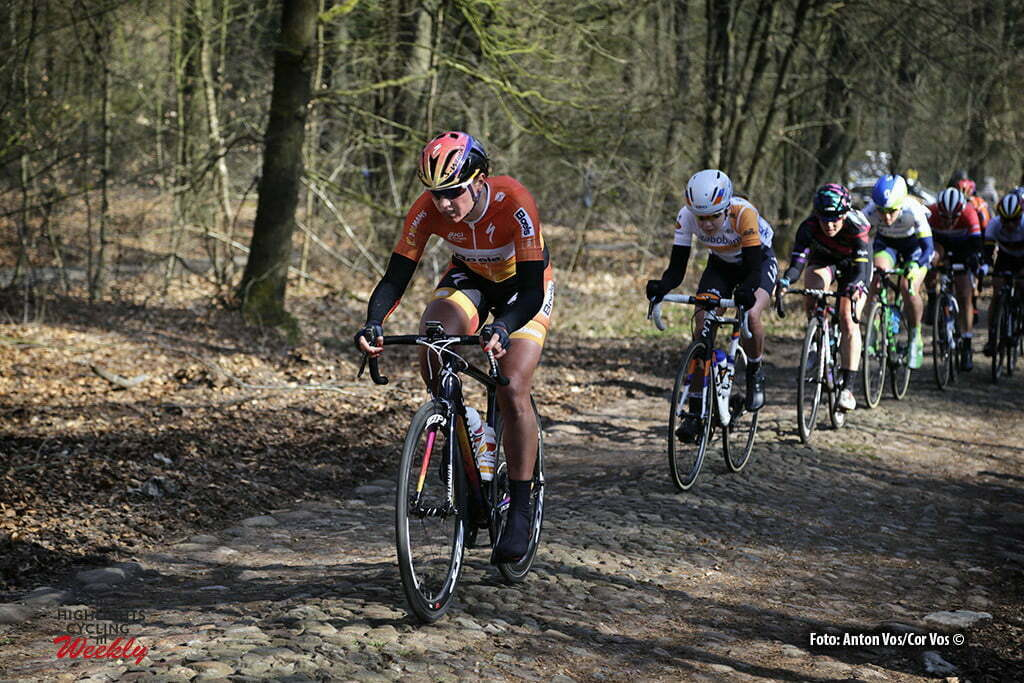 Hoogeveen - Netherlands - wielrennen - cycling - radsport - cyclisme - Blaak Chantal (Netherlands / Boels Dolmans Cycling Team) - Van der Breggen Anna (Netherlands / Rabobank Liv Women Cycling Team) Cromwell Tiffany (Australia / Canyon Sram Racing) pictured during the Women's World Tour Ronde van Drenthe in Hoogeveen - photo Anton Vos/Cor Vos © 2016