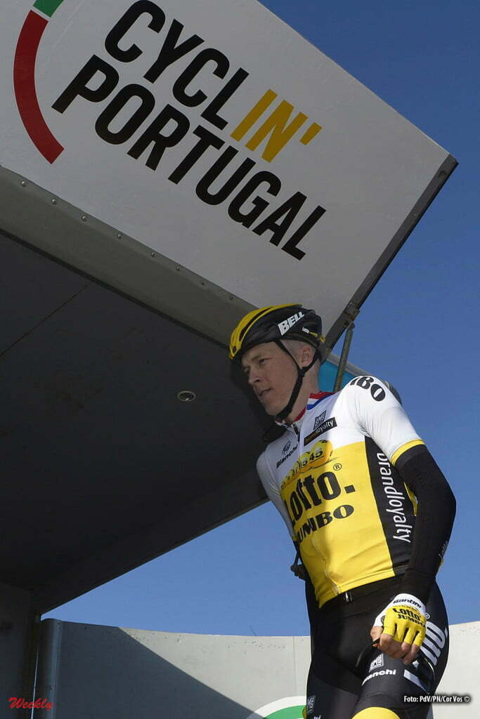 Albufeira - Portugal - wielrennen - cycling - radsport - cyclisme - Robert Gesink (Netherlands / Team Lotto Nl - Jumbo) pictured during during stage 1 of the 42nd Tour of Algarve cycling race with start in Lagos and finish in Albufeira on February 17, 2016 in Albufeira, Portugal - photo PdV/PN/Cor Vos © 2016