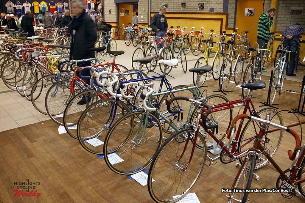 Neerkant - wielrennen - cycling - radsport - cyclisme - Klassieke Wielershow en Beurs: Het Stalen Ros - sfeer illustratie - foto Tinus van der Plas/Cor Vos ©2010
