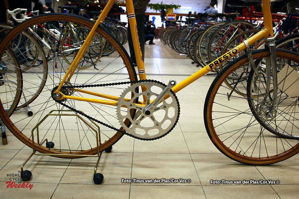 Neerkant - wielrennen - cycling - radsport - cyclisme - Klassieke Wielershow en Beurs: Het Stalen Ros - Presto Stayersfiets - foto Tinus van der Plas/Cor Vos ©2010