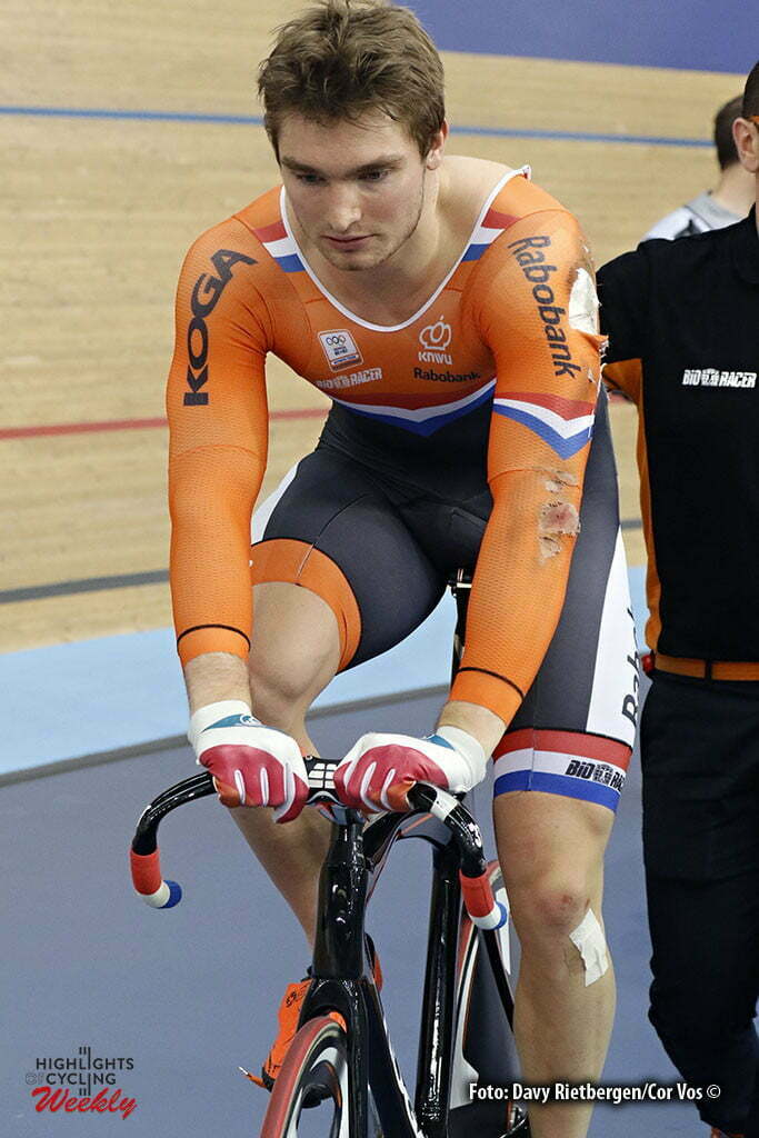 London - Great Brittain - wielrennen - cycling - radsport - cyclisme - Men's Keirin - Crash Matthijs Buchli pictured during Worldchampionships Track 2016 in London (GBR) - photo Davy Rietbergen/Cor Vos © 2016