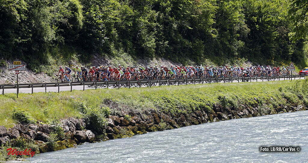Saint-Vulbas- France - wielrennen - cycling - radsport - cyclisme - illustration - sfeer - illustratie pictured during stage 1of the Critérium du Dauphiné 2016 from Cluses to Saint-Vulbas (186 KM) - photo LB/RB//Cor Vos © 2016