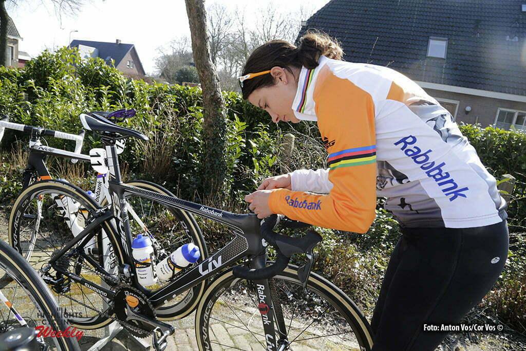 Dwingeloo - Netherlands - wielrennen - cycling - radsport - cyclisme - illustration - sfeer - illustratie Vos Marianne (Netherlands / Rabobank Liv Women Cycling Team) pictured during the Drentse Acht van Westerveld - a women race in Dwingeloo, the Netherlands - photo Anton Vos/Cor Vos © 2016