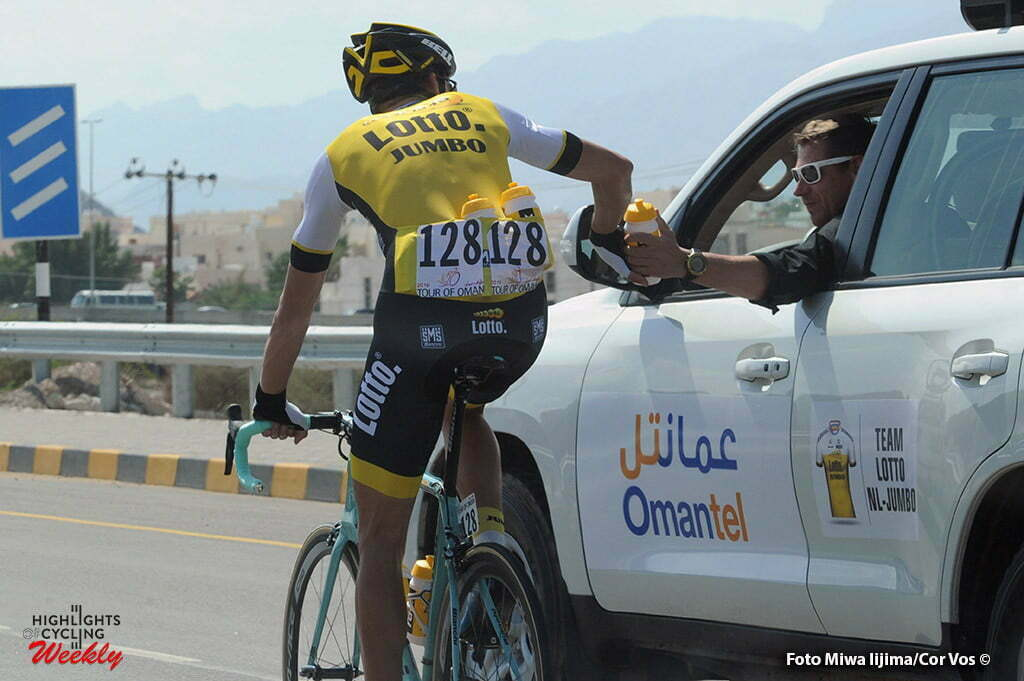 Quriyat - Oman - wielrennen - cycling - radsport - cyclisme - Maarten Wynants (Belgium / Team Lotto Nl - Jumbo) - Jan Boven (Netherlands / Sportdirector Team Lotto Nl - Jumbo) pictured during Tour of Oman stage 2 from Omantel Head Office to Quriyat - photo Cor Vos/Miwa iijima © 2016