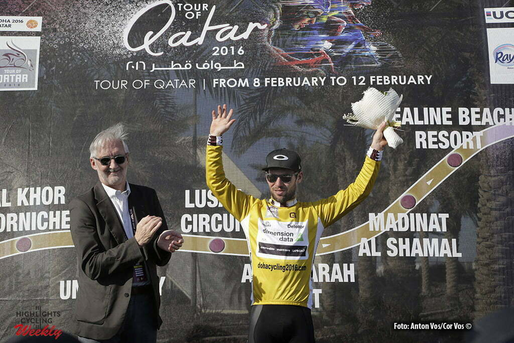 Qatar University - Qatar - wielrennen - cycling - radsport - cyclisme - Cavendish Mark (GBR / Team Dimension Data) with Brian Cookson, president of the UCI pictured during Tour of Qatar Elite - Stage 2 from Qatar University to Qatar University - photo Anton Vos/Cor Vos © 2016