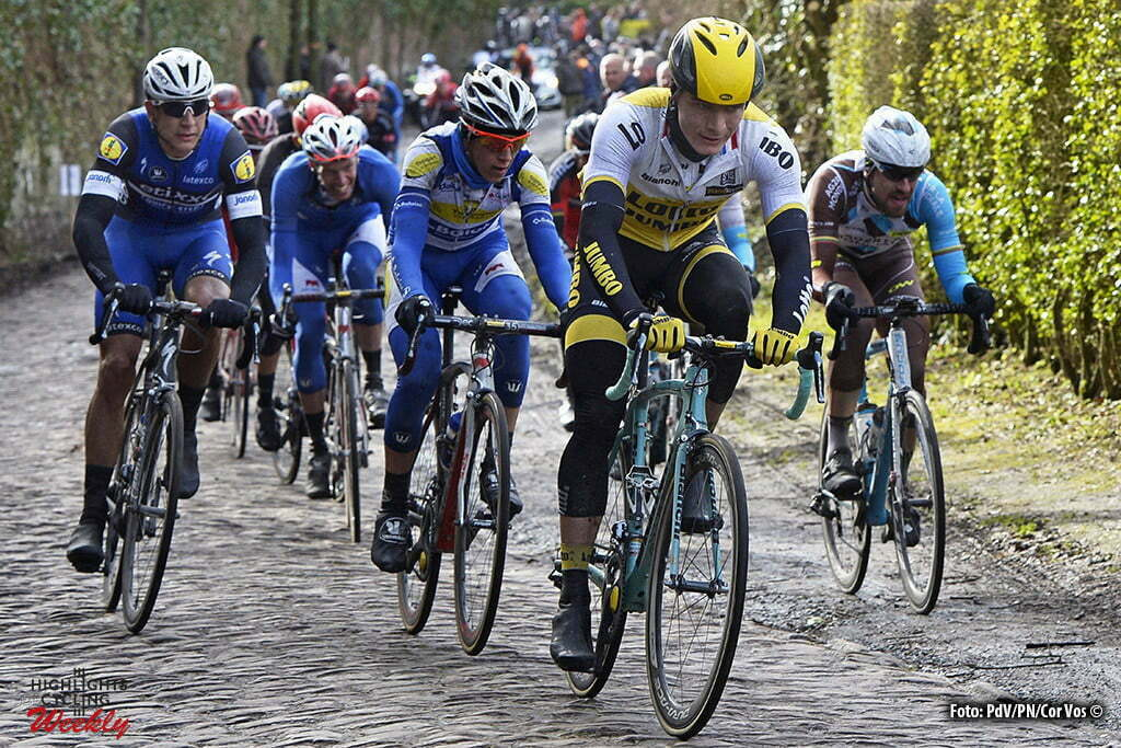 TEAM LOTTO NL - JUMBO in action during the Napoleon Games Cycling Cup Le Samyn 2016 cycling race with start in Quaregnon and finish in Dour in Dour, Belgium *** DOUR, BELGIUM - 02/03/2016 Photo by Peter De Voecht/ Photonews ***