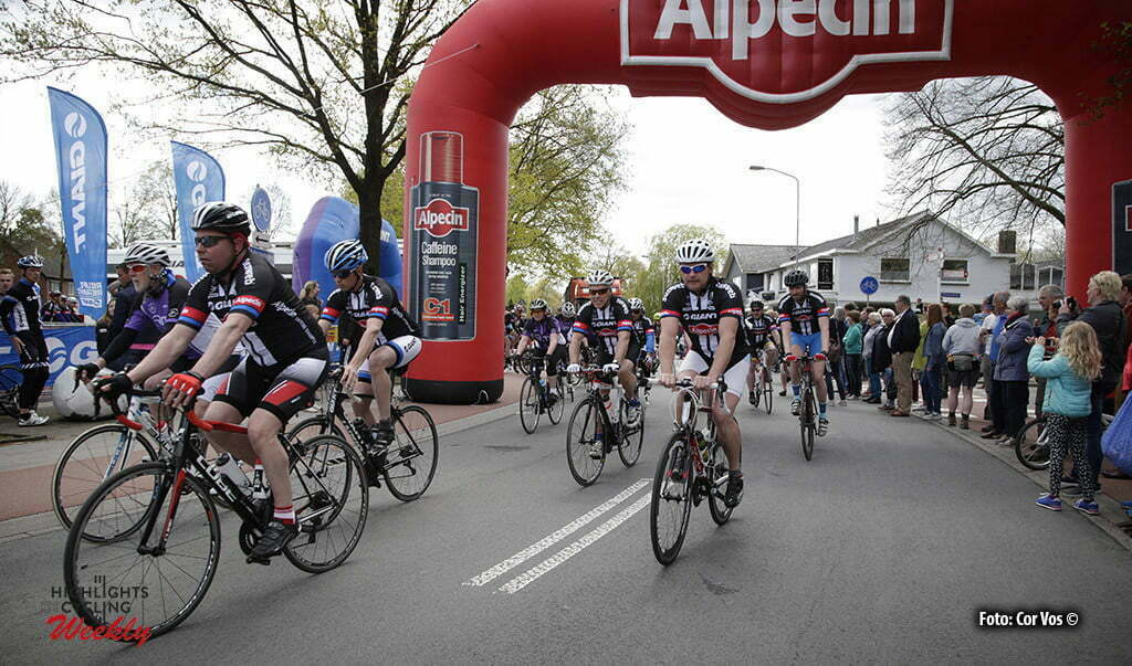 Otterlo - Netherlands - wielrennen - cycling - radsport - cyclisme - illustration - sfeer - illustratie pictured during Greet and meet team Giant - Alpecin 2 day's before the start of the Giro D'Italia in Otterlo, the Netherlands - photo Carla&Cor Vos © 2016