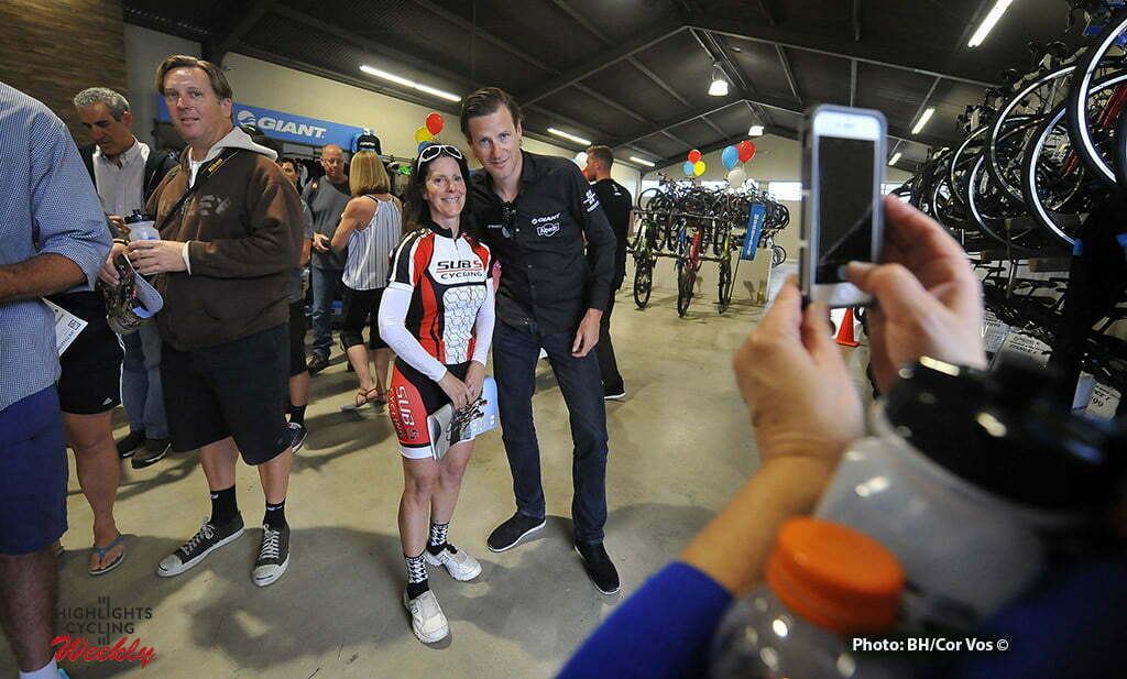 San Diego - wielrennen - cycling - radsport - cyclisme - Aaike Visbeek (dir. sportive Giant - Alpecin) repo illustration - sfeer - illustratie pictured during Meet and Greet voor fans and supporters of team Giant - Alpecin in San Diego, California USA - photo Brian Hodes/Cor Vos © 2016***USA-Out****