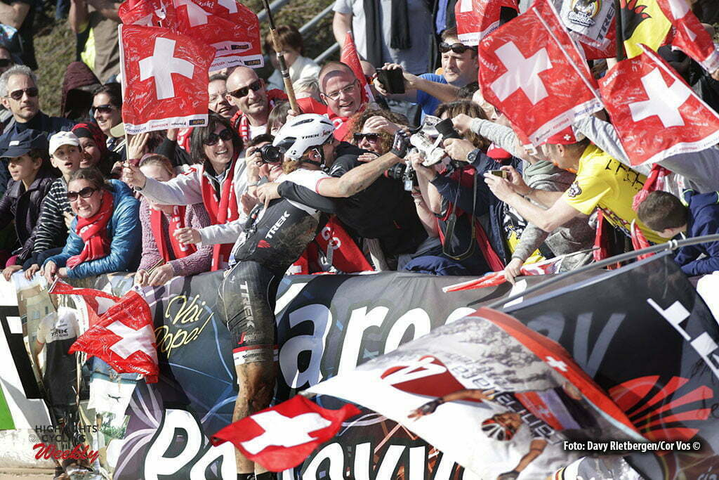 Roubaix - France - wielrennen - cycling - radsport - cyclisme - illustration - sfeer - illustratie farewell - adieu - goodbye of Fabian Cancellara (Suisse / Trek Factory Racing) and his fans - supporters pictured during Paris - Roubaix 2016 World Tour Cycling race - photo Davy Rietbergen/Cor Vos © 2015