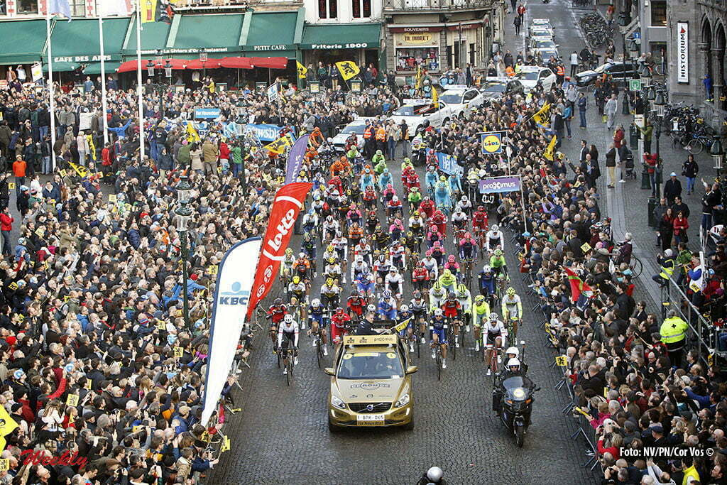 Oudenaarde - Belgium - wielrennen - cycling - radsport - cyclisme - illustration - sfeer - illustratie start in Brugge pictured during 100th Ronde van Vlaanderen - Tour de Flanders - from Brugge to Oudenaarde - photo Dion Kerckhoffs/Cor Vos © 2016