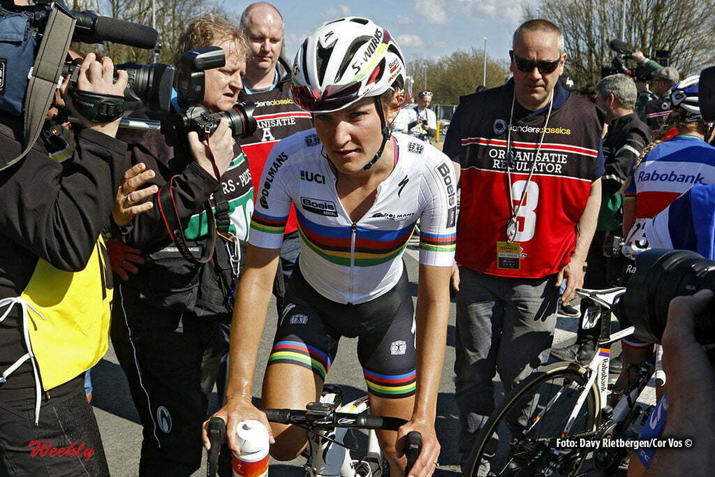 Oudenaarde - Belgium - wielrennen - cycling - radsport - cyclisme - Elizabeth Lizzie Armitstead (Great Britain / Boels Dolmans Cycling Team) pictured during the women Ronde van Vlaanderen - Tour de Flanders - from Oudenaarde to Oudenaarde - WT - world Tour photo Davy Rietbergen/Cor Vos © 2016