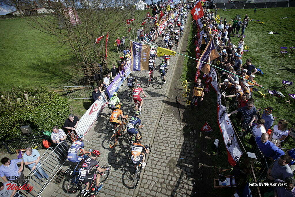 Oudenaarde - Belgium - wielrennen - cycling - radsport - cyclisme - illustration - sfeer - illustratie climb Paterberg pictured from a pole during 100th Ronde van Vlaanderen - Tour de Flanders - from Brugge to Oudenaarde - photo Wessel van Keuk/Cor Vos © 2016