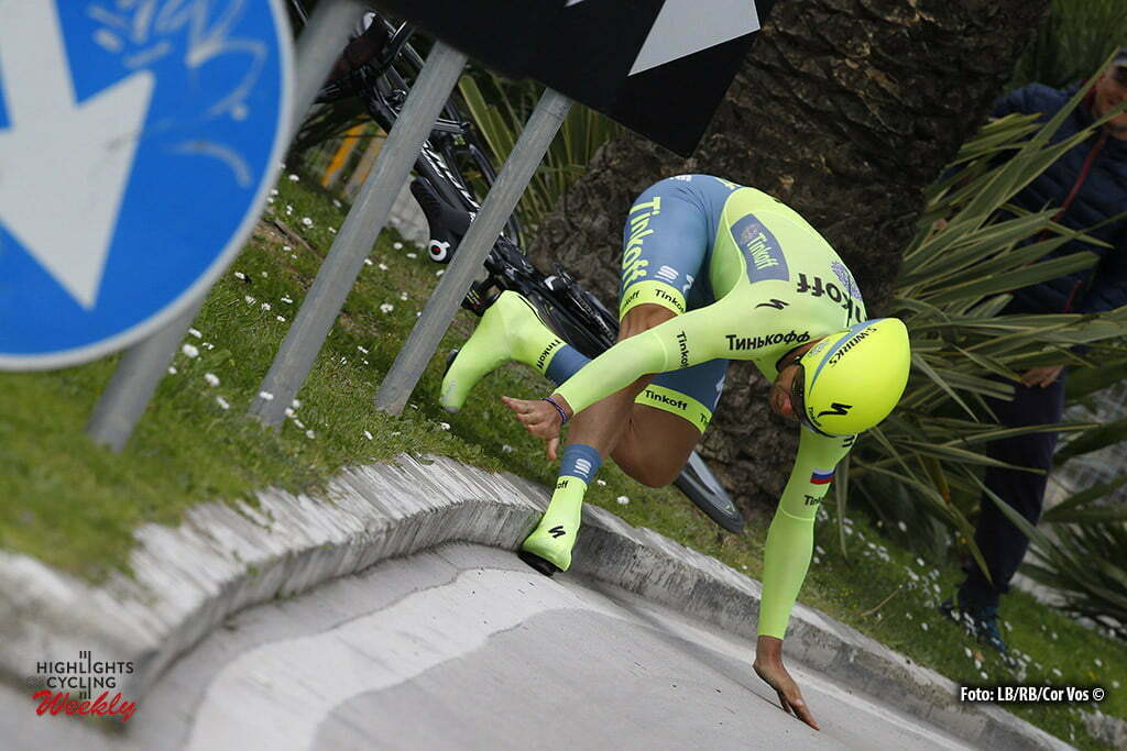 San Benedetto del Tronto - Italia - wielrennen - cycling - radsport - cyclisme - crash val sturz fall Adam Blythe (Tinkoff) pictured during the 51st Tirreno Adriatico 2016 stage 6 ITT Time Trial Individual from San Benedetto del Tronto to San Benedetto del Tronto 10 KM - photo IB/RB/Cor Vos © 2016