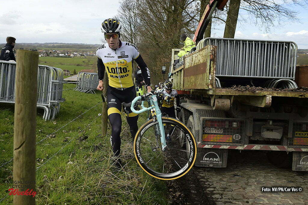 Oudenaarde - Belgium - wielrennen - cycling - radsport - cyclisme - Sep Vanmarcke (Belgium / Team LottoNL - Jumbo) on the Koppenberg climb pictured during a team training session prior to 100th Tour of Flanders world cup 2016 race in the Oudenaarde region, Belgium - photo Cor Vos © 2015