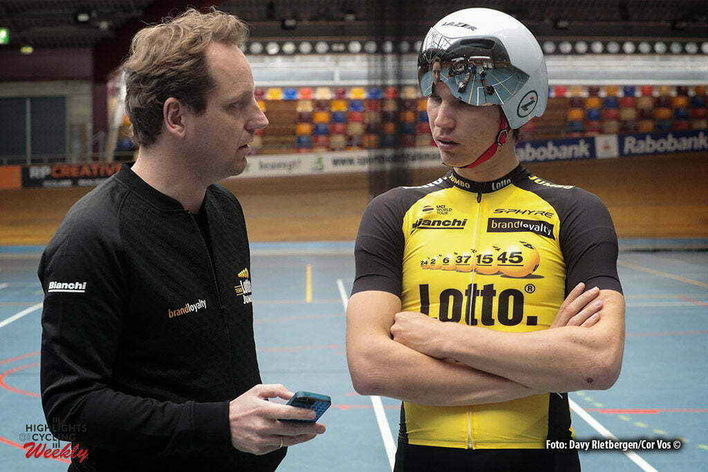 Alkmaar - Netherlands - wielrennen - cycling - radsport - cyclisme - Merijn ZEEMAN (Netherlands / Sportdirector Team Lotto NL - Jumbo) - Amund Grondahl JANSEN (Norway / Team Lotto NL - Jumbo) pictured during Aerodynamica test team LottoN L-Jumbo on the Velodrome in Alkmaar, the Netherlands - photo Davy Rietbergen/Cor Vos © 2017