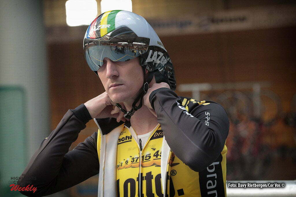 Alkmaar - Netherlands - wielrennen - cycling - radsport - cyclisme - Jurgen VAN DEN BROECK (Belgium / Team Lotto NL - Jumbo) pictured during Aerodynamica test team LottoN L-Jumbo on the Velodrome in Alkmaar, the Netherlands - photo Davy Rietbergen/Cor Vos © 2017