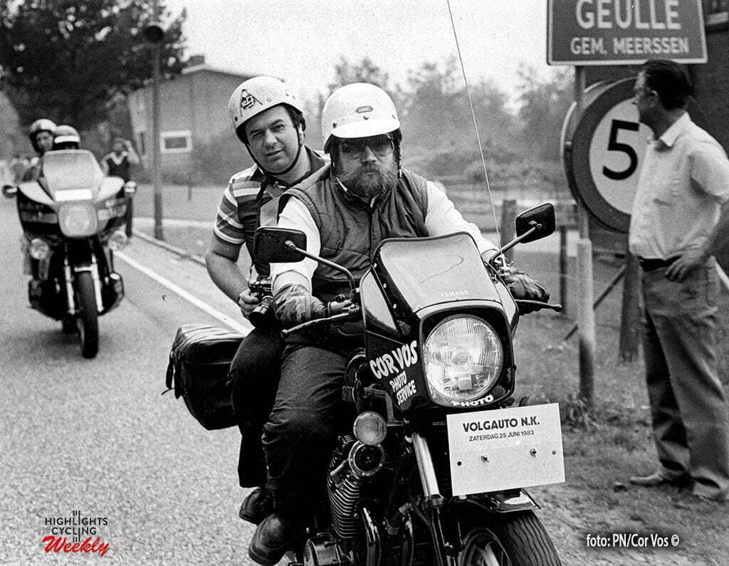 Hoogvliet - archive - archief - stock - wielrennen - cycling - radsport - cyclisme - fotograaf Cor Vos en motard Joop Zijlaard bij het NK wielrennen op de weg in Geulle - foto Cor Vos ©2008