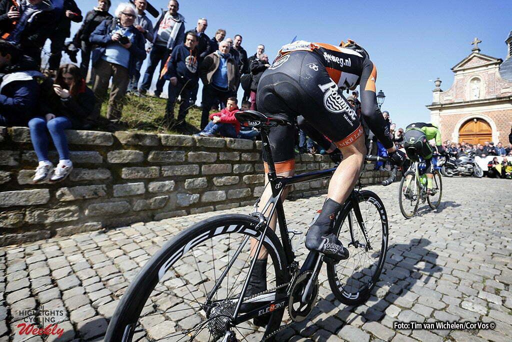 De Panne- Belgium - wielrennen - cycling - radsport - cyclisme - Muur van Geraardsbergen - Roompot - Oranje Peloton pictured during Driedaagse De Panne Koksijde 2016 - Stage 1 - from De Panne to Zottegem - photo Tim Van Wichelen/Cor Vos © 2016