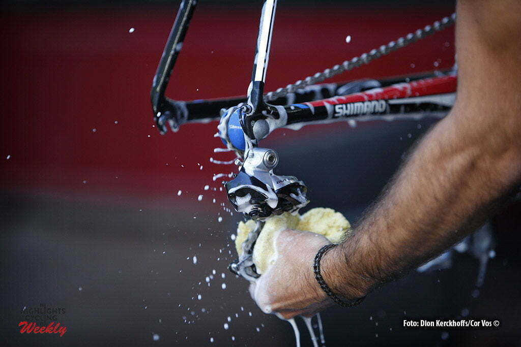 Bern - Suisse - wielrennen - cycling - radsport - cyclisme - illustratie - illustratie - sfeer Shimano derailleur pictured during Restday 2 of the 2016 Tour de France in Bern, Switserland - photo Dion Kerckhoffs/Tim van Wichelen/Cor Vos © 2016