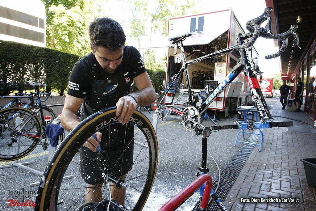Bern - Suisse - wielrennen - cycling - radsport - cyclisme - illustratie - illustratie - sfeer mechanic Giant-Alpecin pictured during Restday 2 of the 2016 Tour de France in Bern, Switserland - photo Dion Kerckhoffs/Tim van Wichelen/Cor Vos © 2016