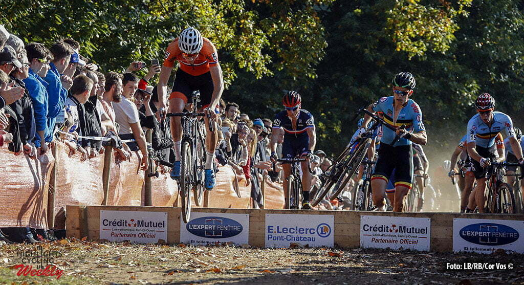 Pont-Chateau - France - cyclocross wielrennen - cycling - radsport - Mathieu van der Poel (Netherlands) - Wout van Aert (Belgium) pictured during the European Championships for elite men in Pont-Chateau - photo RB/RB/Cor Vos © 2016
