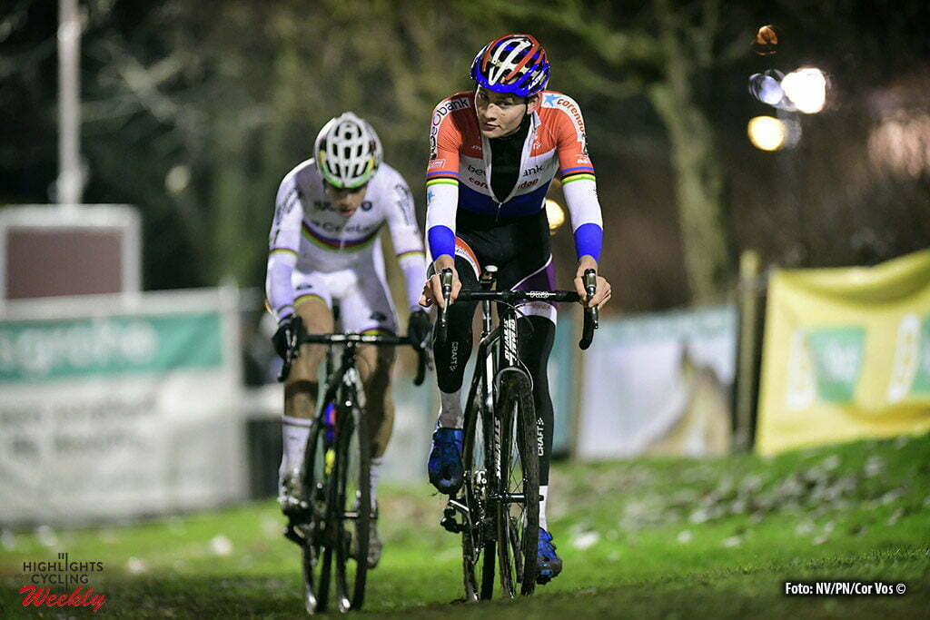Diegem - Belgium - wielrennen - cycling - radsport - cyclisme - Van Der Poel Mathieu (NED) of Beobank - Corendon in front of Van Aert Wout (BEL) of Vastgoedservice - Golden Palace pictured during the elite Hansgrohe Superprestige cyclocross race of Diegem, Belgium - photo NV/PN/Cor Vos © 2016