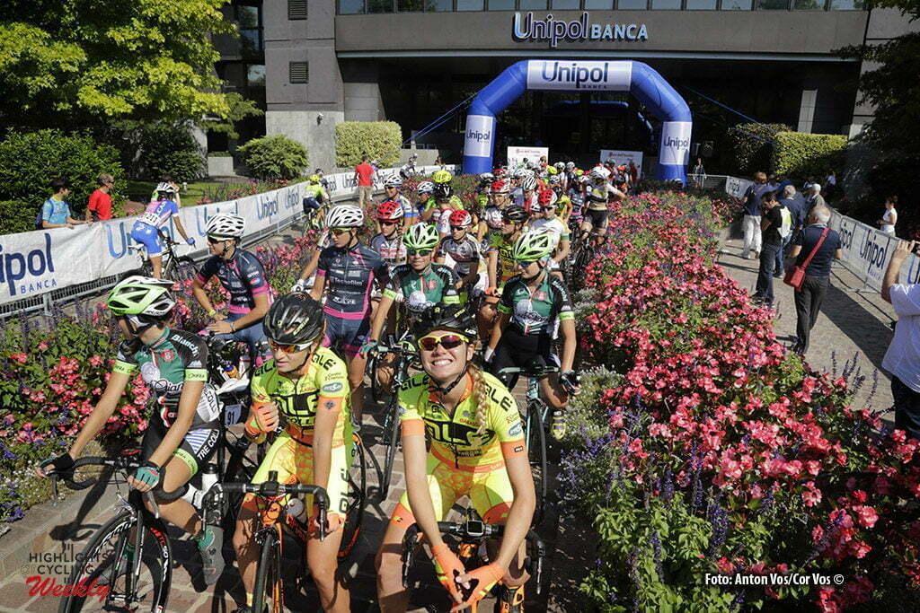 Bologna San Luca - Italy - wielrennen - cycling - radsport - cyclisme - illustration - sfeer - illustratie start Alzini Martina (Italy / Ale - Cipollini) pictured during Giro dell' Emilia Internazionale Donne Elite - photo Anton Vos/Cor Vos © 2016