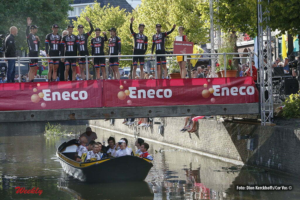 Bolsward - Netherlands - wielrennen - cycling - radsport - cyclisme - illustration - sfeer - illustratie teams LottoNL - Jumbo and Giant - Alpeci pictured during Eneco Tour teampresentation in Bolsward - photo Dion Kerckhoffs/Cor Vos © 2016