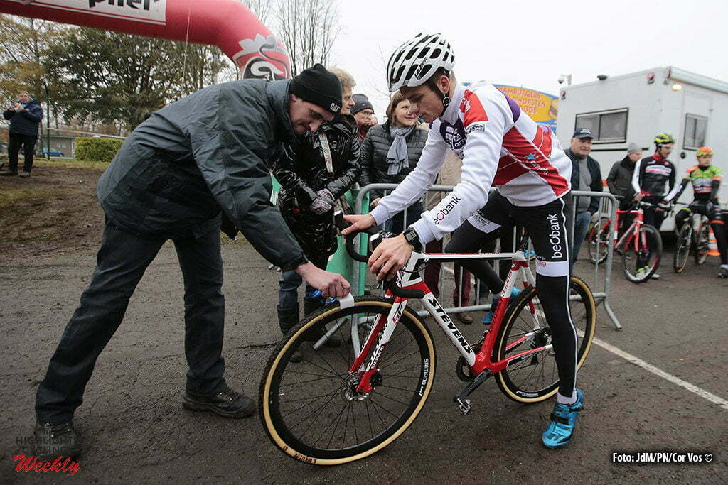 Gavere - Belgium - wielrennen - cycling - radsport - cyclisme - Van Der Poel David (NED) of Beobank-Corendon pictured during the Hansgrohe Superprestige Men Elite cyclo-cross race in Gavere, Belgium - photo JdM/PN/Cor Vos © 2016