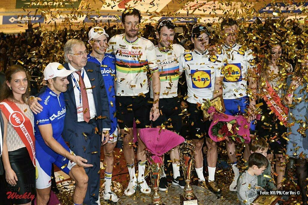 Gent - Belgium - wielrennen - cycling - radsport - cyclisme - Moreno De Pauw (BEL) and Kenny De Ketele (BEL), Mark Cavendish (GBR) and Bradley Wiggins (GBR) and Iljo Keisse (BEL) and Elia Viviani (ITA) pictured during the final podium ceremony of the 76th Lotto Six Days Vlaanderen on November 15, 2016 at Het Kuipke velodrome in Gent, Belgium - photo NV/PN/Cor Vos © 2016