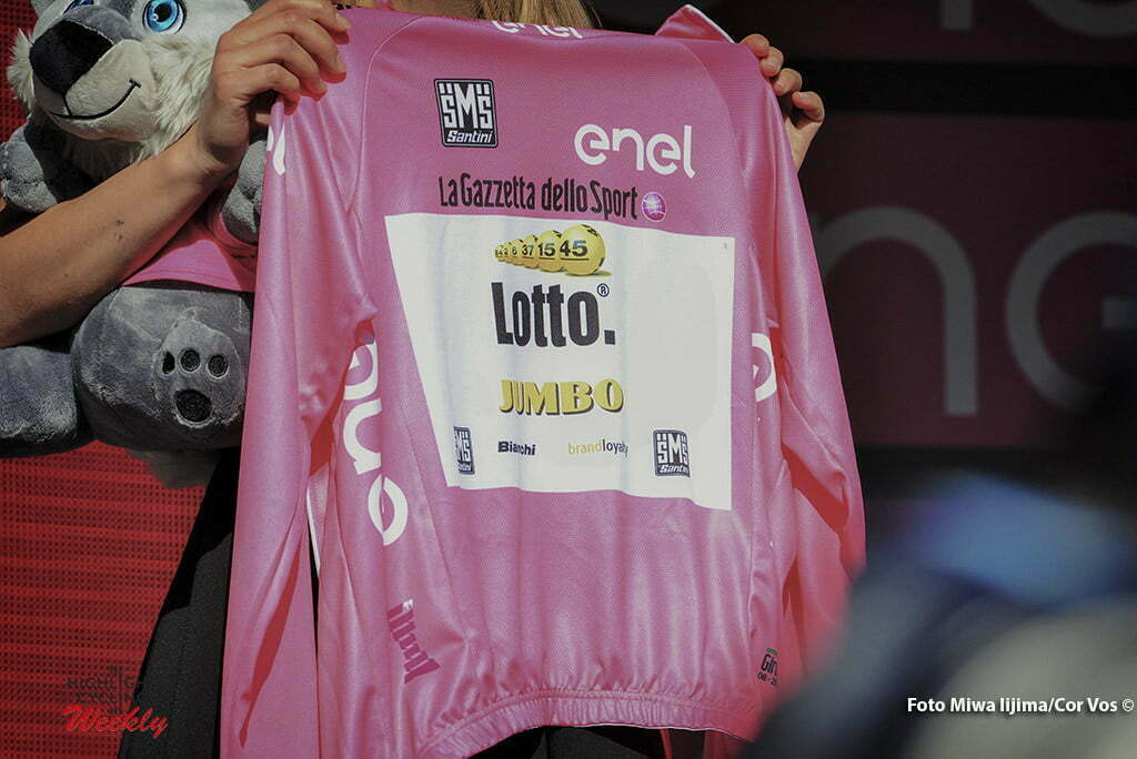 Corvara - Italy - wielrennen - cycling - radsport - cyclisme - the leaders jersey of Steven Kruijswijk (Netherlands / Team LottoNL - Jumbo) pictured during stage 14 of the 99th Giro d'Italia 2016 from Alpago to Corvara 210 km - foto Miwa IIjima/Cor Vos © 2016