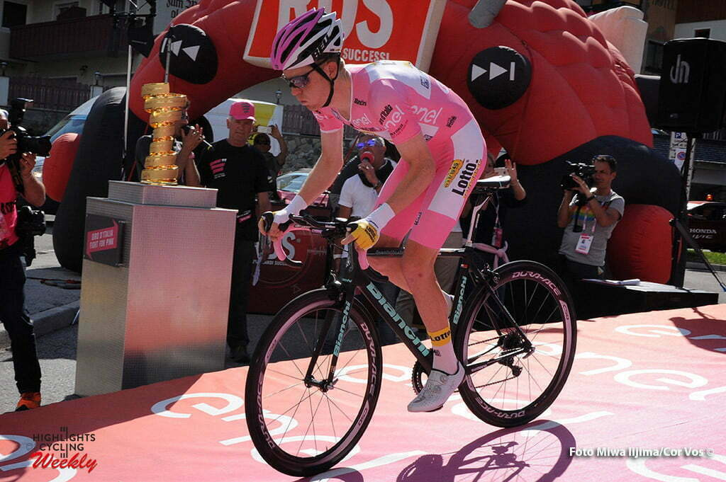 Corvara - Italy - wielrennen - cycling - radsport - cyclisme - Steven Kruijswijk Steven (Netherlands / LottoNL - Jumbo) in the background the Endless Trophee pictured during stage 14 of the 99th Giro d'Italia 2016 from Castelrotto to Alpe di Siusi a Mountain Time Trial individual - foto Miwa IIjima/Cor Vos © 2016