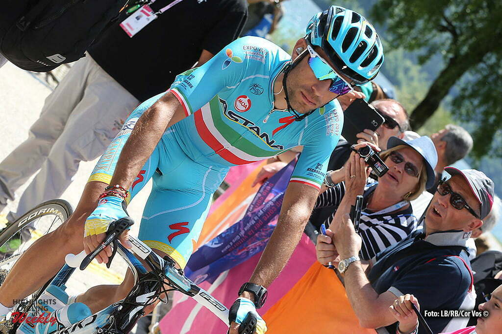 Cassano d'Adda - Italy - wielrennen - cycling - radsport - cyclisme - Vincenzo Nibali (Astana) pictured during stage 17 of the 99th Giro d'Italia 2016 from Molveno - Cassano d'Adda 196 km - foto LB/RB/Cor Vos © 2016