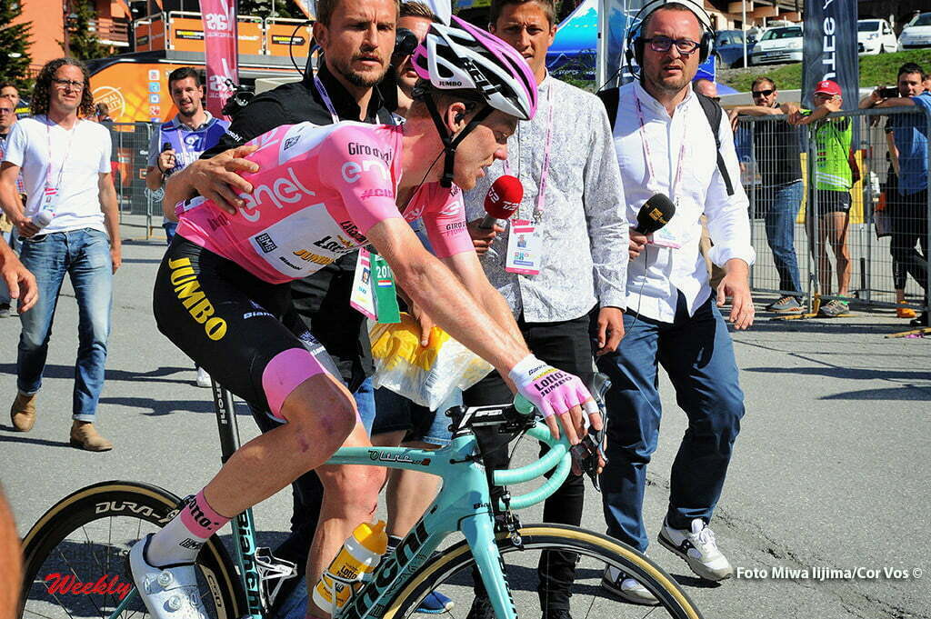 Risoul - Italy - wielrennen - cycling - radsport - cyclisme - Steven Kruijswijk (Netherlands / Team LottoNL - Jumbo) pictured during stage 19 of the 99th Giro d'Italia 2016 from Pinerolo to Risoul (162km) - foto Miwa IIjima/Cor Vos © 2016