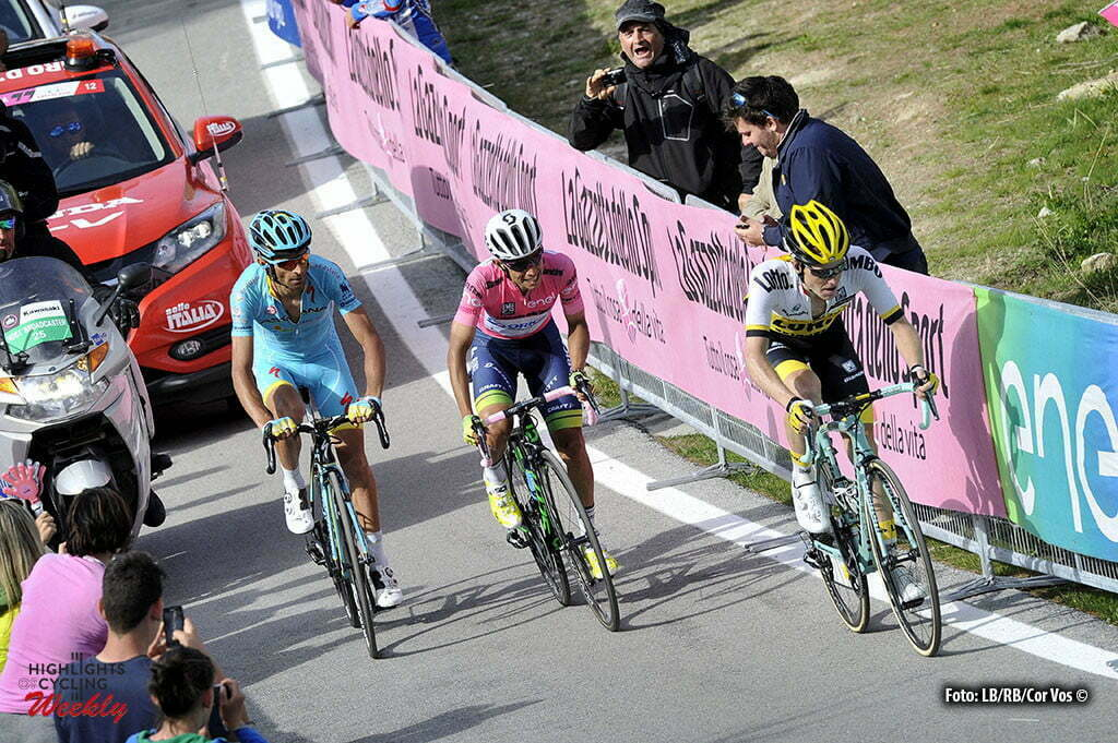 Sant'Anna di Vinadio - Italy - wielrennen - cycling - radsport - cyclisme - Johan Esteban Chaves (Orica GreenEDGE) - Michele Scarponi (Astana) - Steven Kruijswijk (LottoNL - Jumbo) pictured during stage 20 of the 99th Giro d'Italia 2016 from Guillestre to Sant'Anna di Vinadio 134 km - foto DB/RB/Cor Vos © 2016