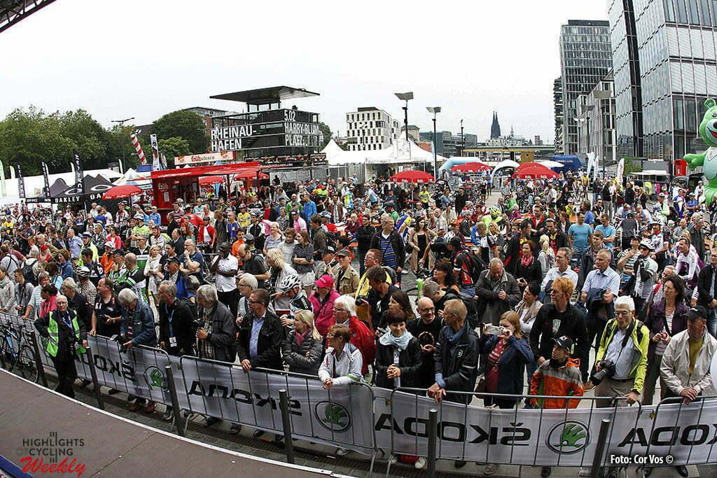 Koln - Germany - wielrennen - cycling - radsport - cyclisme - illustration - sfeer - illustratie pictured during Rund um Koln - photo HR/Cor Vos © 2016