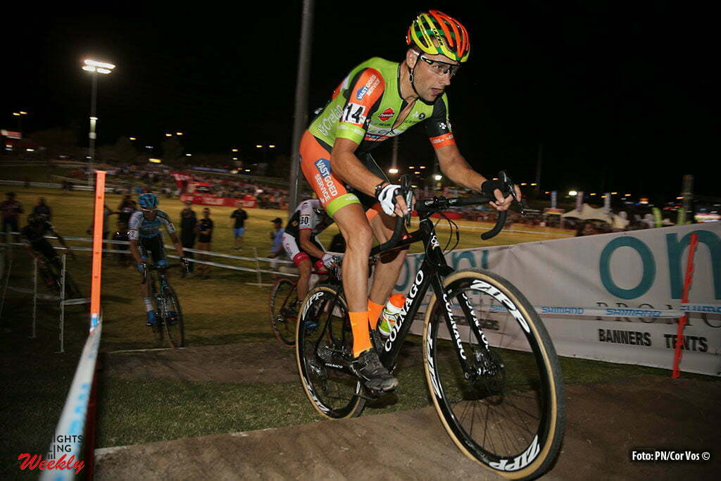Las Vegas - USA - wielrennen - cycling - radsport - cyclisme - Rob Peeters (Crelan-Vastgoedservice) in action during the 1st leg of the men's elite UCI cyclo-cross World Cup 2016 race, the Clif Bar Fabulous CrossVegas on September 20, 2016 in Las Vegas, USA - photo PN/Cor Vos © 2016
