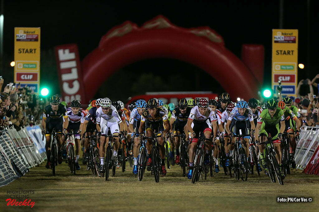 Las Vegas - USA - wielrennen - cycling - radsport - cyclisme - illustration - sfeer - illustratie start during the 1st leg of the men's elite UCI cyclo-cross World Cup 2016 race, the Clif Bar Fabulous CrossVegas on September 20, 2016 in Las Vegas, USA - photo PN/Cor Vos © 2016