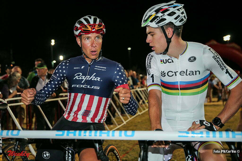 Las Vegas - USA - wielrennen - cycling - radsport - cyclisme - Wout van Aert (Crelan-Vastgoedservice) and American Jeremy Powers during the 1st leg of the men's elite UCI cyclo-cross World Cup 2016 race, the Clif Bar Fabulous CrossVegas on September 20, 2016 in Las Vegas, USA - photo PN/Cor Vos © 2016